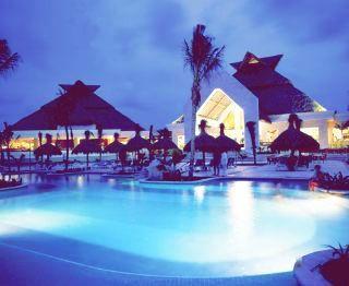 piscina hotel bahia principe riviera maya