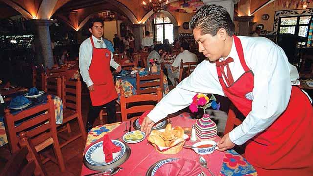 En los restaurantes hay que dejar propina