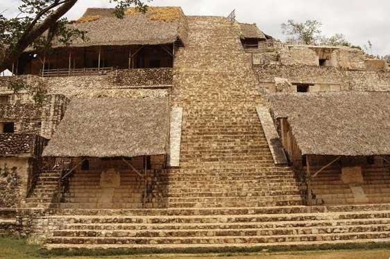 Pirámides que ver en Cobá