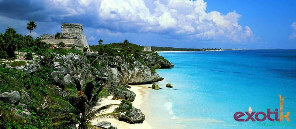 Sin duda, Playa Paraíso es la playa que visitar en Riviera Maya por excelencia…